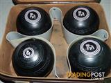 Set of 4 Henselite Size 5 Lawn Bowls with carry case