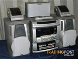 Akai 5 Speaker Stereo System With Remote, Radio, Tape & CD !!!