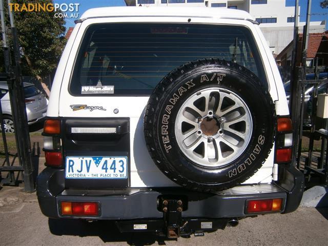 1999-MITSUBISHI-PAJERO-GLX-ESCAPE-4x4-NL-4D-WAGON