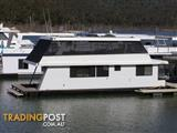 "Houseboat Holiday Home on Lake Eildon Vic ""Tru Blu"""