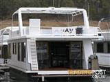 "Houseboat Holiday Home on Lake Eildon Vic ""Away"""