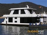 "Houseboat Holiday Home on Lake Eildon Vic ""Havachat"""