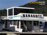 "Houseboat Holiday Home on Lake Eildon Vic ""Naragutz"""