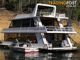 """Houseboat Holiday Home on Lake Eildon Vic """"Canadian Club"""""""