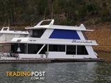 """Houseboat Holiday Home on Lake Eildon Vic """"Shenandoah"""""""