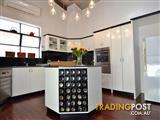 Excellent two bedrooms apartment for rent
