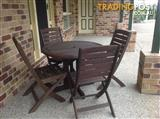 5 piece balcony/Bowen table and chairs