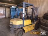 Komatsu FG20 LPG / Petrol Counterbalance Forklift