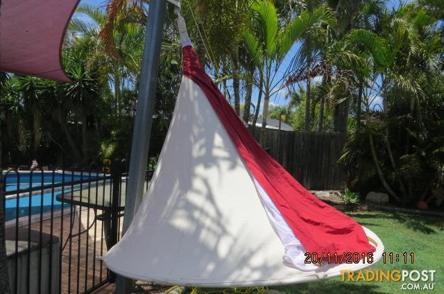 Cacoon Garden Outdoor Portable and FUN