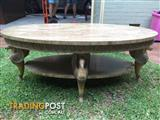 Beautiful Coffee Table in almost new condition