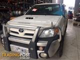 WRECKING 2006 KUN26 Hilux 4x4 dual cab auto - ALL PARTS