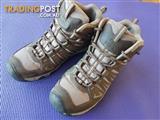 KEEN hiking boots, mens