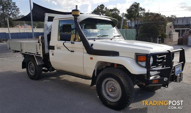 Toyota land cruiser hzj79r radio manual 2003 toyota landcruiser 4x4 array 2000 toyota landcruiser 4x4 hzj79r c chas for sale in burleigh rh tradingpost com fandeluxe Gallery