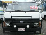 1989  FORD TRADER  0811 TRUCK