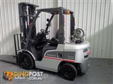 Nissan Forklift 3 Stage Mast 2.5 Tonne 5.5m Lift Height