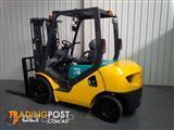 Komatsu Diesel Forklift 2.5 Tonne Container Mast + Sideshift