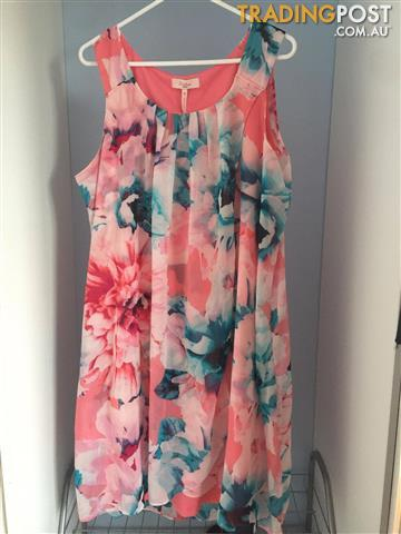 Millers Floral Midi Dress Size: 12