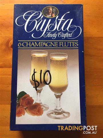 Crysta 6 Champagne Flukes