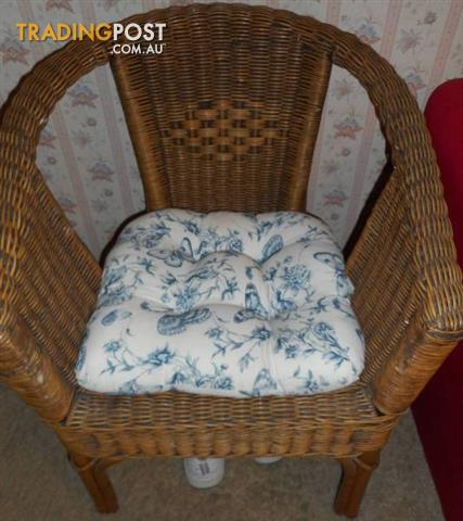Cane chair with chair pad included