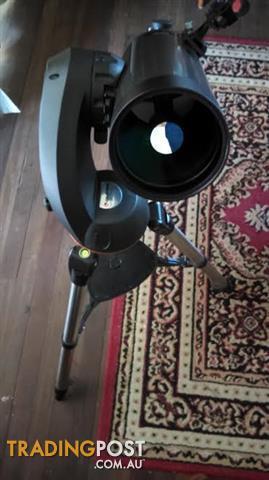 celestron nextstar 127  computer guided  telescope