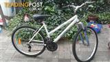 Ladies / girls mountain bike