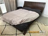 Bed frame - Queen