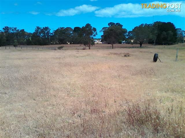 gippsland vic close to 90 mile beach.5 acres ready to build on