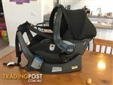 Britax Safe-n-sound unity neos infant carrier