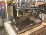 COFFEE MACHINE ESPRESSO 2 GROUP LA MARZOCCO LINEA CLASSIC NO MAZZER GRINDER USED