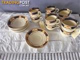 Alfred Meakin Caledonia Cups & Saucers, 368841