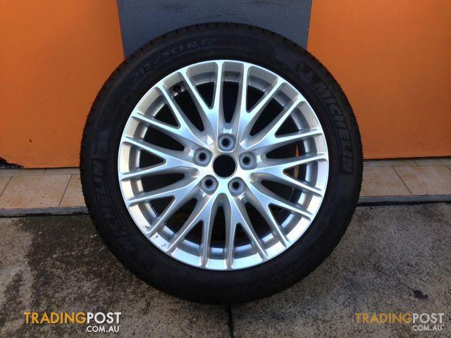 Ford Focus Wheels >> Ford Focus Zetec My12 17 Genuine Alloy Wheels