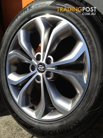 Hyundai Santa Fe Luxury 19inch Genuine Alloy Wheels Tyres