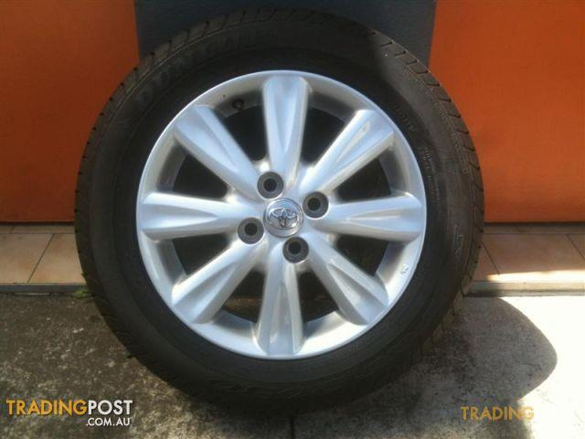 toyota yaris 15 inch genuine alloy wheels for sale in carramar nsw toyota yaris 15 inch. Black Bedroom Furniture Sets. Home Design Ideas