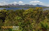 Freycinet Peninsular , Coles Bay, Land