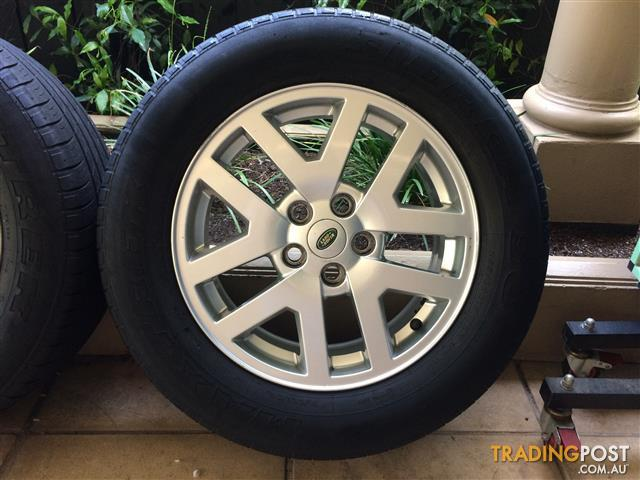 """18"""" GENUINE FACTORY LAND ROVER DISCOVERY / RANGE ROVER WHEELS & 50-70% 255 60 18"""