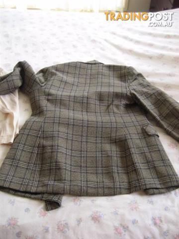 2 Women Jacket sz 10 DOLLINA petites and dotti Price for Both