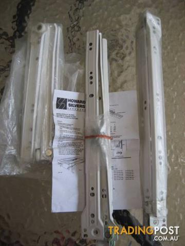 3 Set Drawer Runner