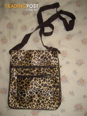 Shoulder Bag - Very Light - USA
