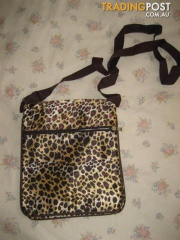 Shoulder Bag - Very Light - USA