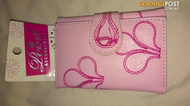 Girl's wall - Pink - Point ACCESSORIES