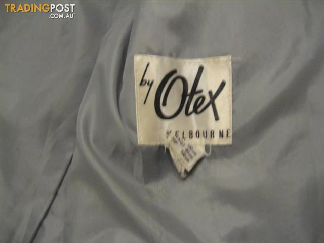 RETRO 1960/70 SOFT GREY FAUX FUR WOMENS JACKET BY OTEX