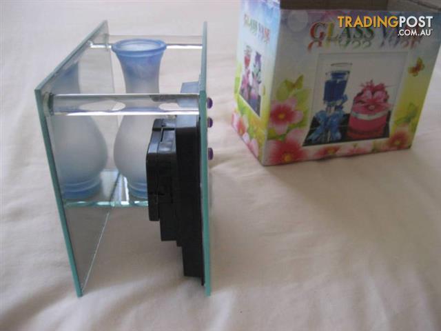 Glass Mirror Vase picture