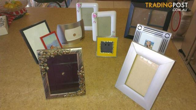 10 Pictures Frames
