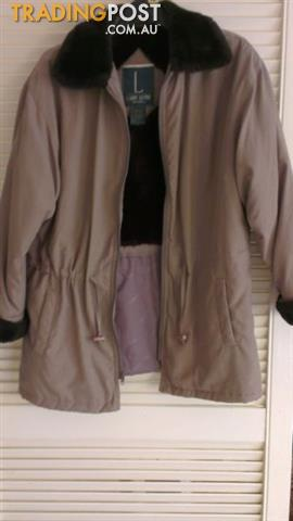 Women's Buffer Coat -Hght Quality LARRY LEVINE Microfibre
