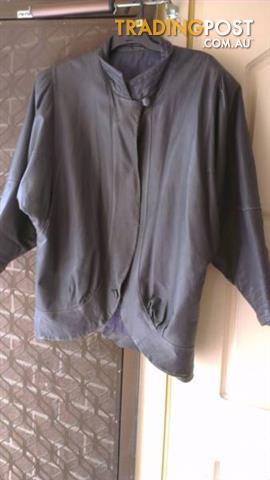 Vintage 80's leather Jacket - Genuine - Sz 16 -18