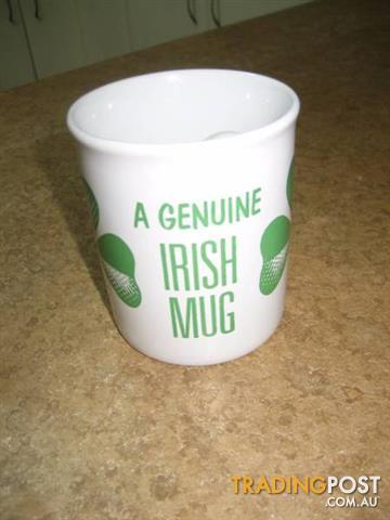 A VINTAGE GENUINE IRISH MUG