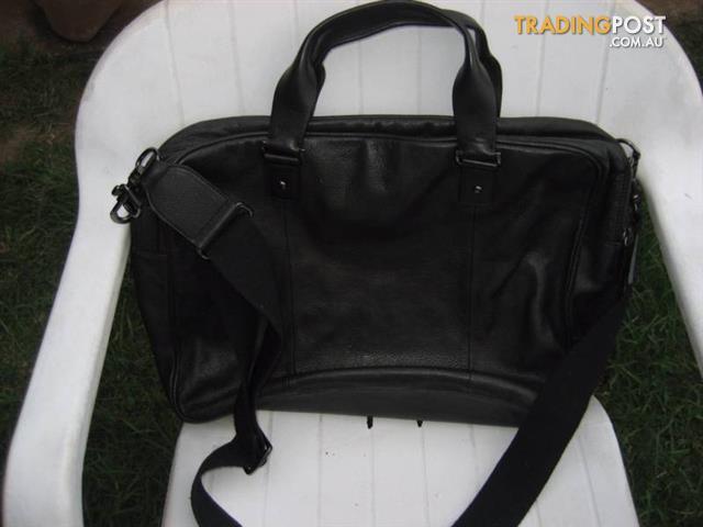 SABA Laptop black Leather Bag