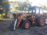 Belarus 562 FEL tractor