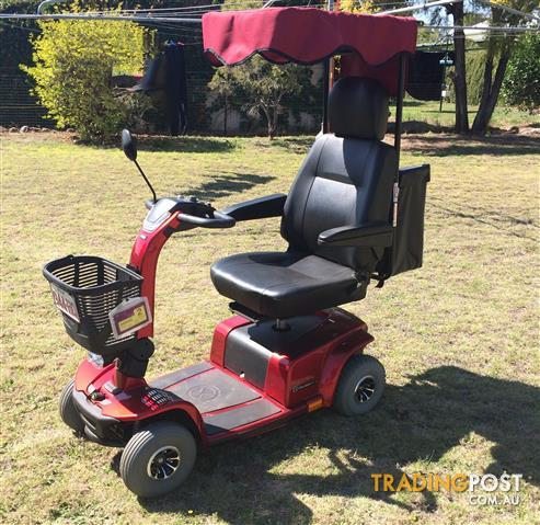 pride mobility scooter for sale in chinchilla qld pride mobility scooter. Black Bedroom Furniture Sets. Home Design Ideas