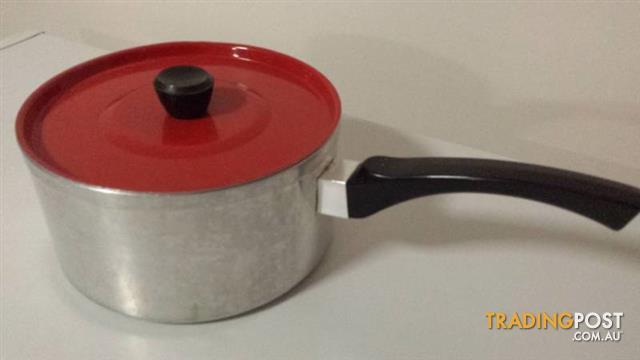 Retro Vintage red SAUCEPAN Aluminum